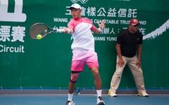 「台塑之星」許育修首闖未來賽決賽 香港世大運組合雙打奪冠